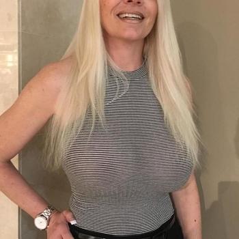 Truups, vrouw (35 jaar) wilt contact in Waals-Brabant