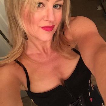 Vrouw (43) zoekt sex in Luxemburg