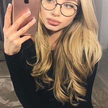 24 jarige vrouw zoekt seksueel contact in Groningen