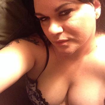 39 jarige vrouw zoekt seksueel contact in Waals-Brabant