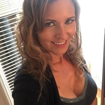 Vrouw (49) zoekt sex in Antwerpen