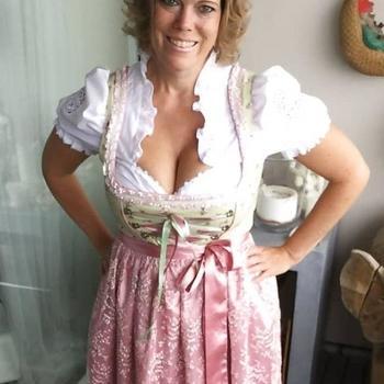 51 jarige vrouw zoekt sex in Watermaal-Bosvoorde, Het Brussels Hoofdst
