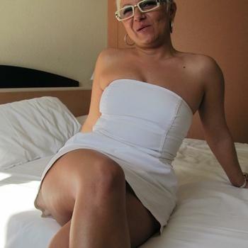 56 jarige vrouw zoekt sex in Flevoland