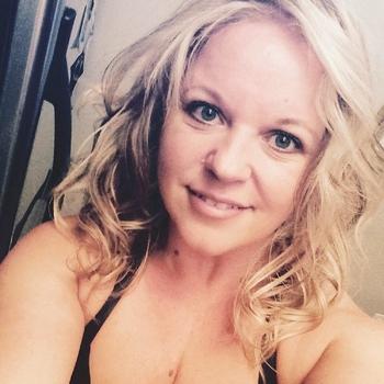 49 jarige vrouw zoekt sex in Zuid-Holland