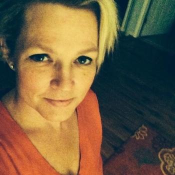 Vrouw (51) zoekt sex in Drenthe