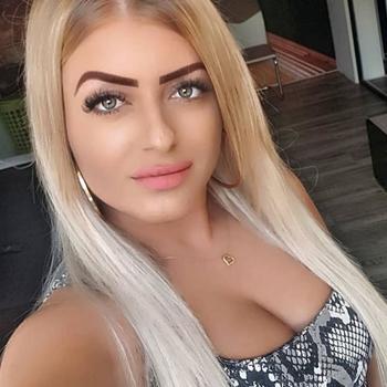 Vrouw (26) zoekt sex in Oost-vlaanderen