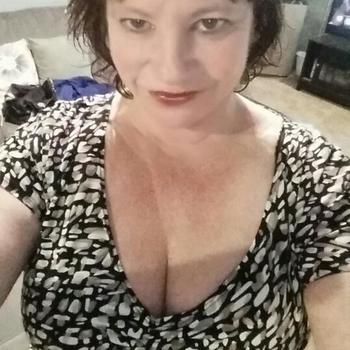 Vrouw (56) zoekt sex in Zeeland