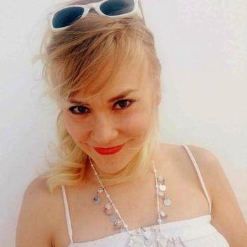 Glammourmuis, vrouw (42 jaar) wilt contact in Zuid-Holland