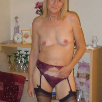 Vrouw (62) zoekt sex in Groningen