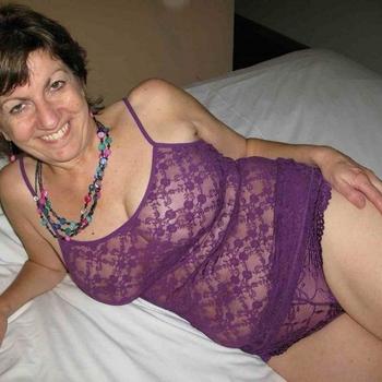 57 jarige vrouw zoekt sex in Limburg