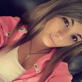 Bambizoekt, vrouw (21 jaar) wilt contact in Noord-Brabant