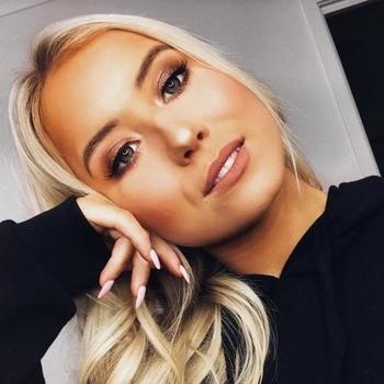 Vrouw (21) zoekt sex in Waals-Brabant