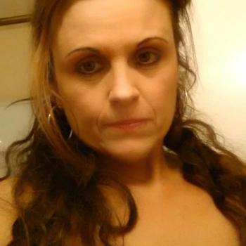 Vrouw (53) zoekt sex in Drenthe