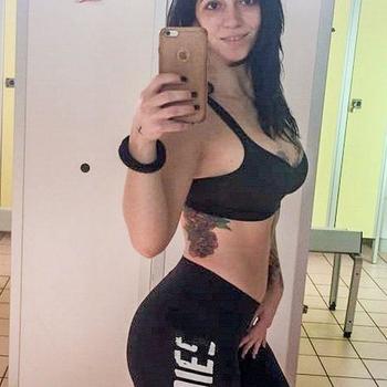 33 jarige vrouw zoekt sex in Zutendaal, Vlaams-Limburg