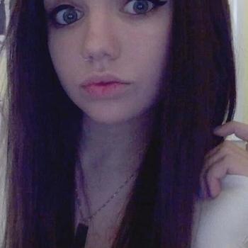 Vrouw (22) zoekt sex in Drenthe