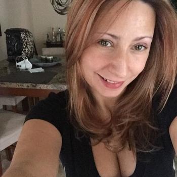 43 jarige vrouw zoekt sex in Gelderland