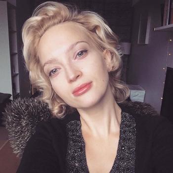 Scarlett, vrouw (37 jaar) wilt contact in Overijssel