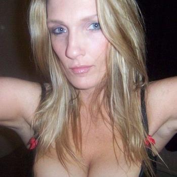 45 jarige vrouw zoekt sex in Gelderland
