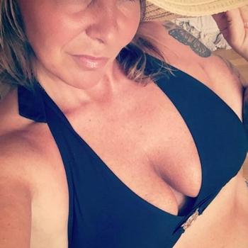 44 jarige vrouw zoekt sex in Noord-Brabant
