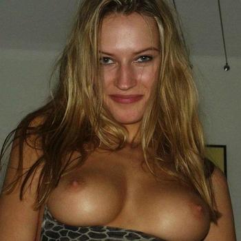 38 jarige vrouw zoekt seksueel contact in Zuid-Holland