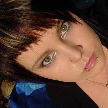 Hielke, vrouw (24 jaar) wilt contact in Oost-vlaanderen