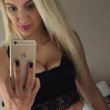 Vrouw (24) zoekt sex in Vlaams-Limburg