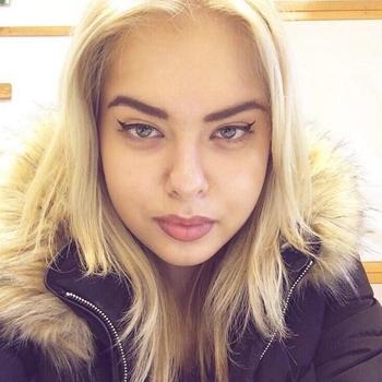Vrouw (22) zoekt sex in Flevoland