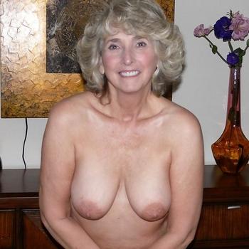 ladyinblue, vrouw 65 jaar zoekt sex in Drenthe