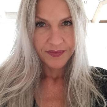 52 jarige vrouw zoekt sex in Etterbeek, Het Brussels Hoofdst