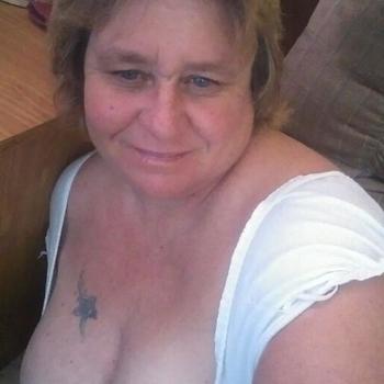 63 jarige vrouw zoekt sex in Friesland