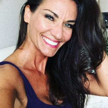 39 jarige vrouw zoekt seksueel contact in Gelderland