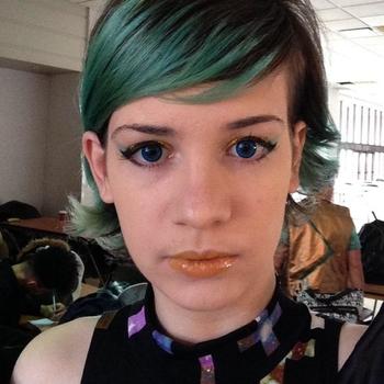 Vrouw (21) zoekt sex in Drenthe