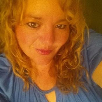Vrouw (54) zoekt sex in Zuid-Holland