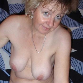 65 jarige vrouw zoekt sex in Overijssel